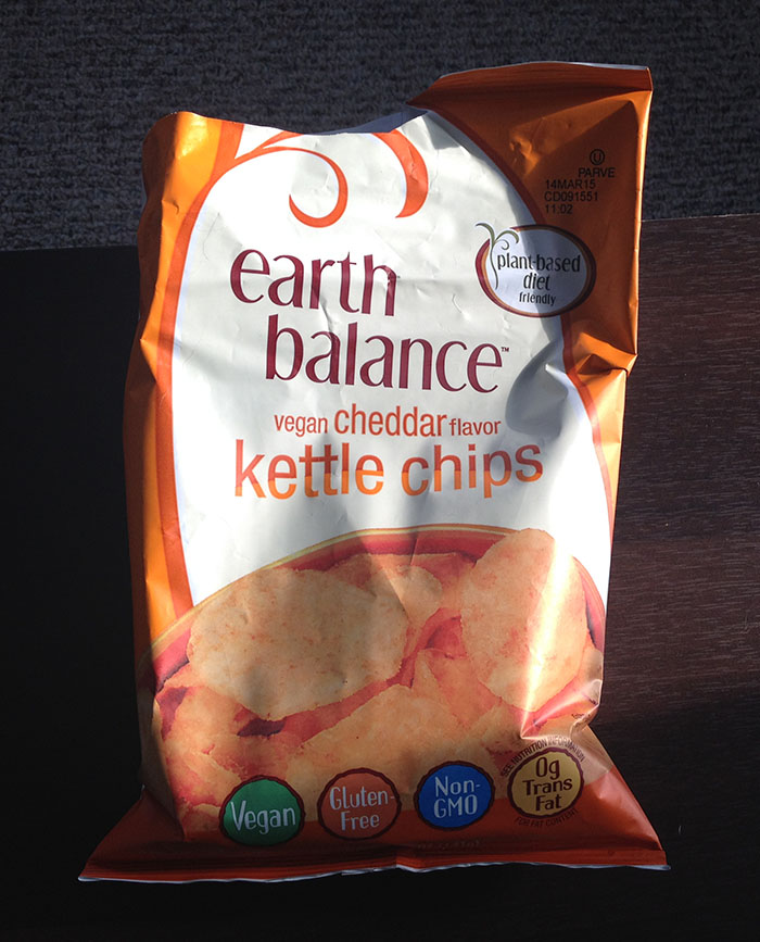 Earth Balance Vegan Cheddar Flavor Kettle Chips
